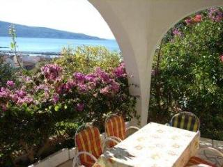 Apartment for 5 persons near the beach in Vis - Komiza vacation rentals