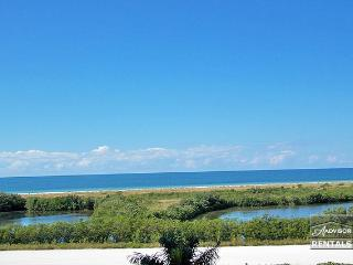Everlasting views of Marco Island with this two bedroom condo - Marco Island vacation rentals