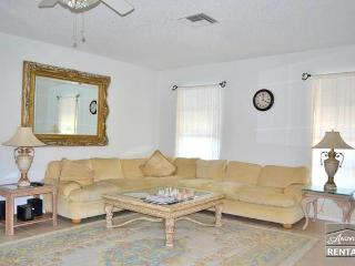 Secluded two plus den condo close to fine dining and walking distance to the beach. - Naples vacation rentals