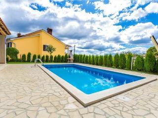 Holiday house for 10 persons, with swimming pool , in Central Istria - Pazin vacation rentals