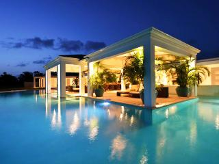 St. Martin Villa 79 Inspiring Sunsets Over The Beautiful Caribbean Sea, Great Comfort And Immaculate Elegance. - Terres Basses vacation rentals