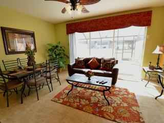 Minutes from Mickey 3Bed 3Bath Luxury Home w/Pool - Kissimmee vacation rentals