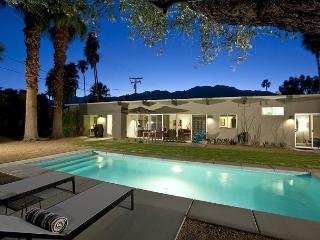 Little Beverly Hills ~ SPECIAL Take 15% off any 5nt stay in September! - Palm Springs vacation rentals