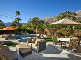 Sun Sanctuary ~ SPECIAL Take 15% off any 5nt Stay in September! - Palm Springs vacation rentals