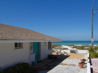 Jukes Beach House - Holmes Beach vacation rentals