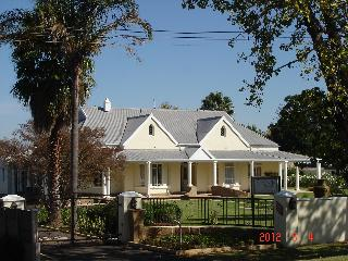 Villa Beryl Guesthouse - Vryheid vacation rentals