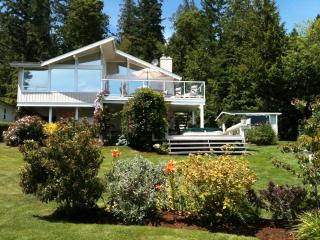 Beautiful Oceanfront Home with Spectacular View! - Mill Bay vacation rentals