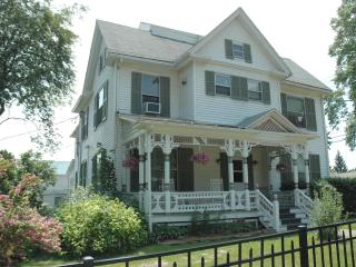 Sargent House - Hammondsport vacation rentals
