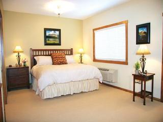 Bed Room - Glacier Ridge Suites - Kalispell - rentals
