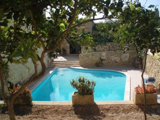 Il-Marhab farmhouse - Xewkija vacation rentals