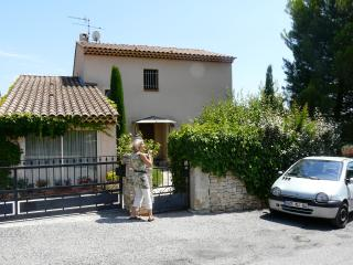 Agreable Maison en Provence-Great Home in Provence - Manosque vacation rentals
