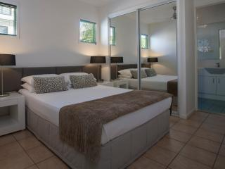 Port Douglas Apartments - Port Douglas vacation rentals