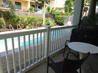1 EMERALD BREEZE - 2 Bedroom/2 Bath Condo - South Padre Island vacation rentals