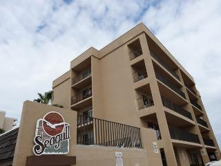 401 SEAGULL - 3 bedroom Condo - South Padre Island vacation rentals