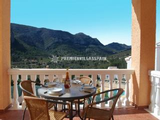 MONTE SOLANA Sleeps 2 to 7 - (Monte Solana) - Jalon vacation rentals