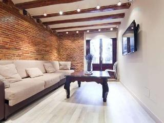 Las Ramblas Family Apartment - Barcelona vacation rentals
