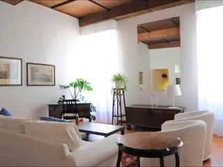 Spanish Steps: Elegant 2 Bedroom, 2 Bathroom Apartment - Rome vacation rentals