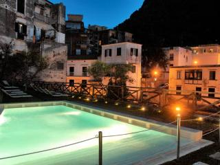 Cartiera with Pool - Special offers in October - Amalfi vacation rentals