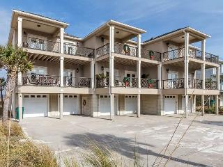 View Enuff 01 - Navarre vacation rentals