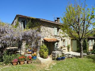Charming old stonehouse with pool, Fayence. 6pers. - Fayence vacation rentals