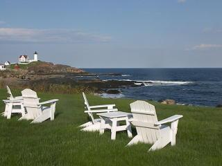 Stunning Nubble Lighthouse  and ocean views! - York vacation rentals