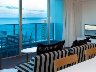 Luxury 2 Bedroom Ocean  best in Surfers Paradise - Gold Coast vacation rentals