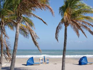 Atlantic Shores Vacation Rentals - Palm Beach Shores vacation rentals