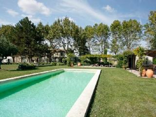 L'Antiquaire, France - L'Isle-sur-la-Sorgue vacation rentals