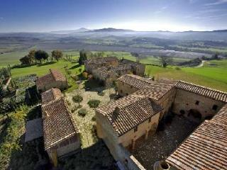 Spacious Borgo Finocchieto- estate with central piazza, pool & tennis - Montalcino vacation rentals