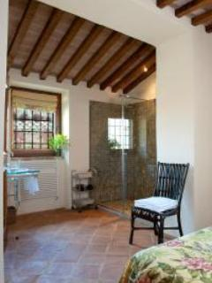 Inspiring Villa Caminata offers lush gardens, incredible views and maid service - Image 1 - Perugia - rentals