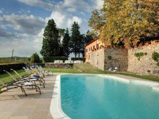 Prima - A Perfect Tuscan Get-Away in the Chianti Wine Region with Amazing Views - Tuscany vacation rentals