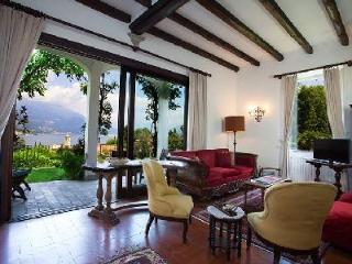 Outstanding Villa Poletti offers a relaxing garden terrace and amazing views - Lake Como vacation rentals