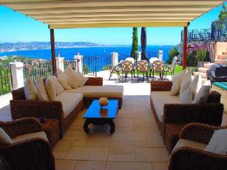 Exquisite Ocean View at Villa La Sariette in Theoule sur Mer - 5 Minutes to Golf - Théoule sur Mer vacation rentals