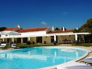 Wonderful Pool Home Nestled in a Peaceful Countryside - Quina Palmares - Lagos vacation rentals