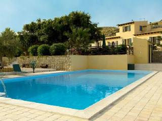 Masseria Falamandrina - Charming Agrigento villa with large terrace, Mediterranean garden & pool - Agrigento vacation rentals