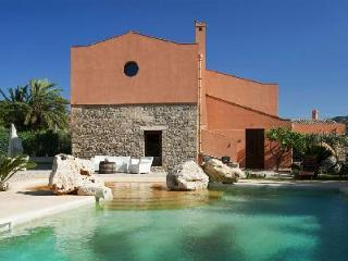 Ager Costa - Beautiful Trapani villa with pool, countryside views & plenty to discover nearby - Trapani vacation rentals