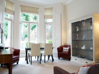 Wetherby Gardens, South Kensington, SW5. - London vacation rentals