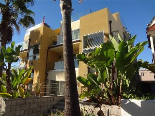SUNRISE-SUNSET - San Diego vacation rentals