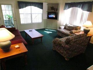 Fall Into Branson- 3 Bedroom, 3 Bath Condo on Lake Taneycomo - Branson vacation rentals