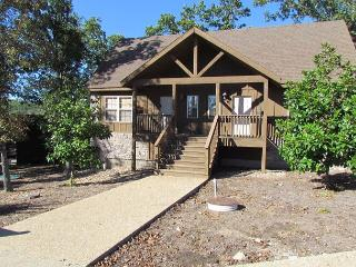 Magnolia Moon- 1 Bedroom Stonebridge Resort Cabin-New Flat Screen TV's! - Branson vacation rentals