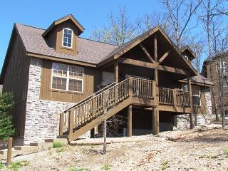 Dream Catcher Cabin- 2 Bedroom, 2 Bath, Pet Friendly, Golf Resort Lodge - Branson vacation rentals