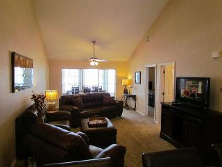 Relaxing Refuge- Beautiful 3 bedroom/3 bath condo at Thousand Hills Champions - Branson vacation rentals