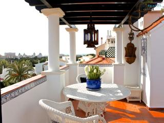Merengue Lime Apartment - Portugal vacation rentals