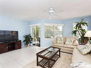 Gulf & Bay Club: Bayside, 2 Bedrooms, Ground Floor - Siesta Key vacation rentals