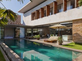 Last Minutes Rates for July! Bali Beach Villa Moko - Kuta vacation rentals