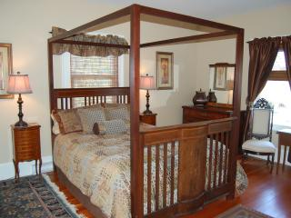 Bright-Spacious Character Apartment - Victoria vacation rentals
