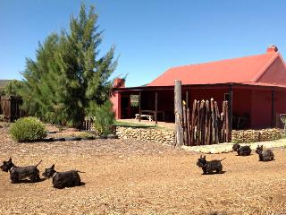 RELAX, Self-catering cottage on Jamstreet Farm - Oudtshoorn vacation rentals