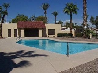 Cozy TownHouse , community pool and tennis court - Glendale vacation rentals
