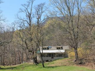 Cottage at Pine Grove Farm - Saugerties vacation rentals