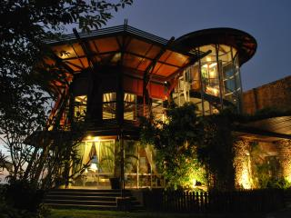 Luxury bed and breakfast - Sabah vacation rentals